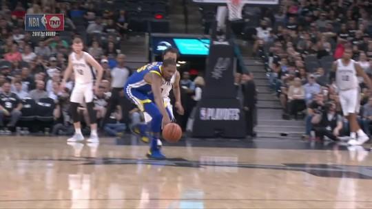 """Com Durant dominante, Warriors vencem e encaminham """"varrida"""" dos Spurs"""