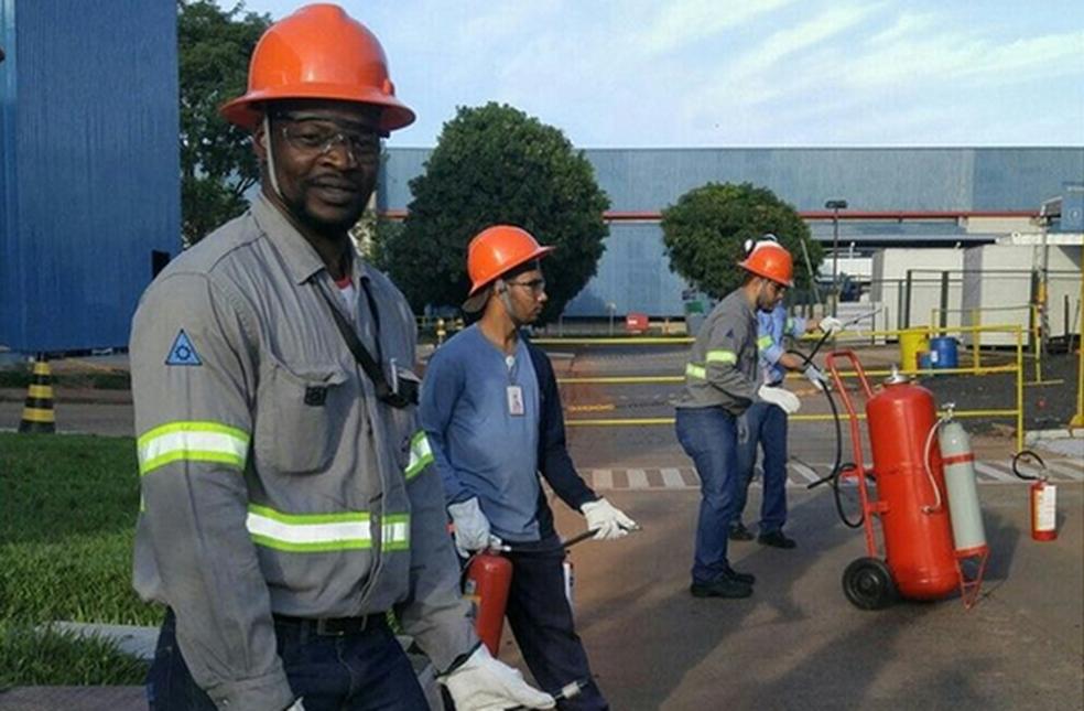 -  Africano Jacques Onza trabalhava como mecânico em Uberlândia  Foto: Reprodução/Facebook
