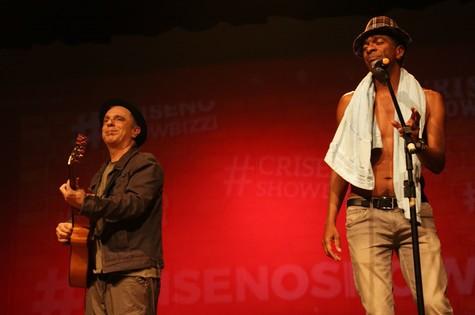 Mu Chebabi e Hélio de La Peña reviverão a parceria do 'Casseta & Planeta' no stand up 'Crise no show bízzi' (Foto: Divulgação)