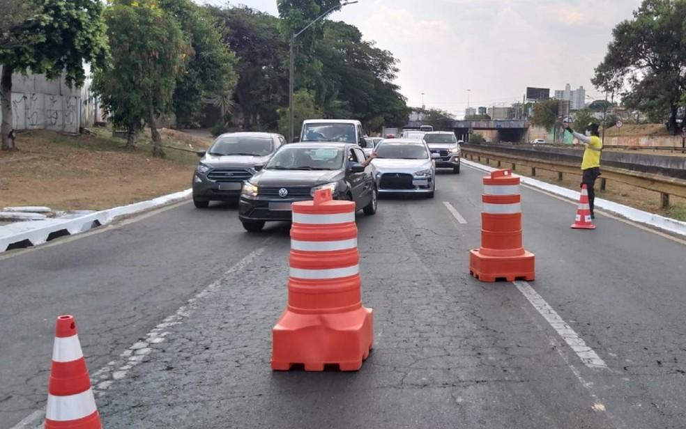 Trecho da Marginal Botafogo está interditado em Goiânia, Goiás — Foto: Divulgação/SMM