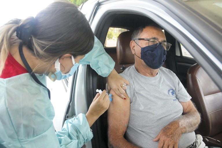 Vacina contra Covid-19: DF chega a 155,4 mil imunizados