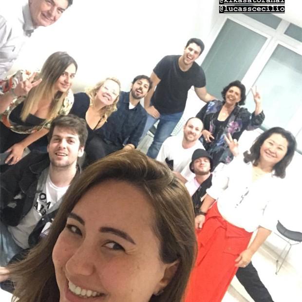 Amigos e familiares de Sabrina Sato esperam Zoe (Foto: Reprodução/Instagram)