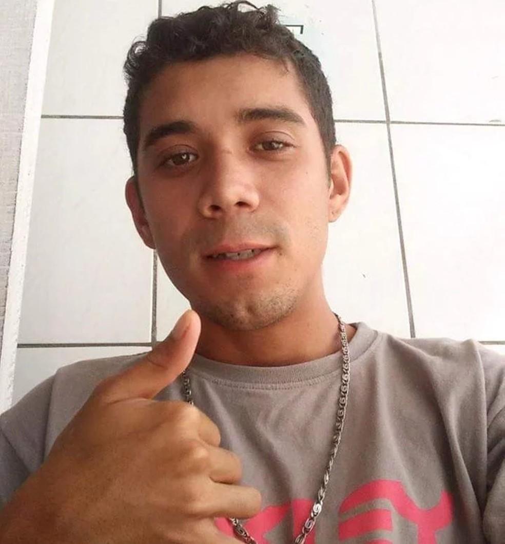 Torcedor do Botafogo-PB, Eduardo Feliciano Justino da Silva tinha 27 anos — Foto: Arquivo Pessoal