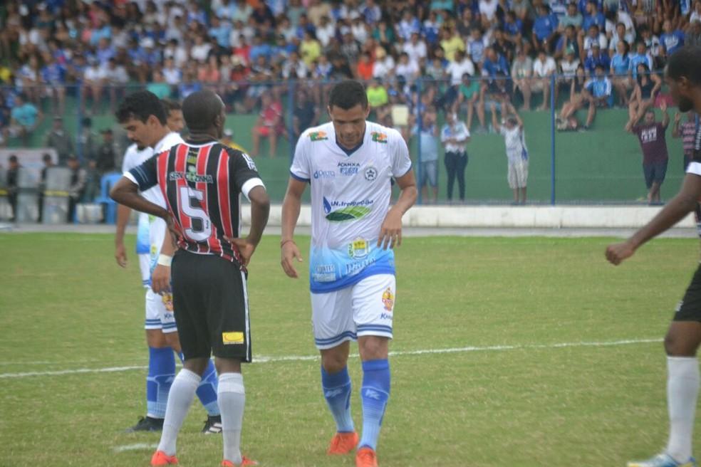 Ítalo é liberado e só retorna ao Parnahyba em caso de classificação do clube à semifinal do Piauiense (Foto: Didupaparazzo)