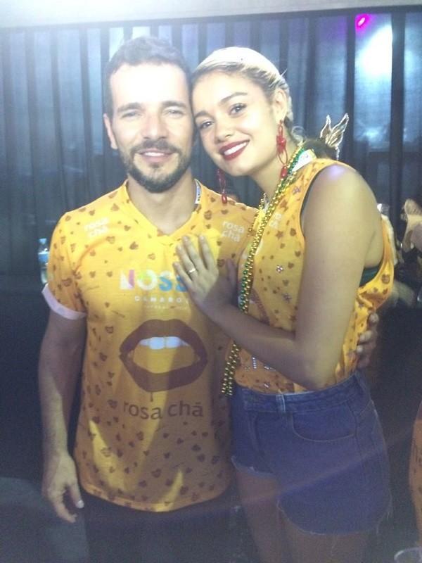Sophie e Daniel curtem carnaval no Rio  (Foto: Acyr Méra Junior/Época)