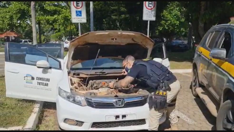 Motor de carro usado por conselho tutelar era roubado e chassi também estava adulterado, segundo PRF-DF — Foto: Polícia Rodoviária Federal (PRF-DF) / Reprodução