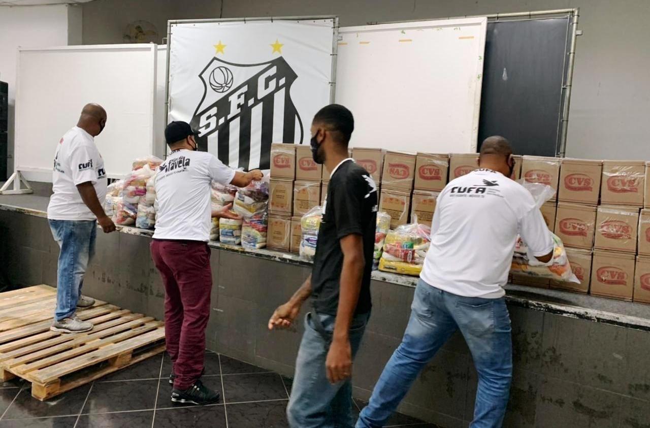 Cufa arrecada 20 t de alimentos para famílias chefiadas por mães solteiras na Baixada Santista
