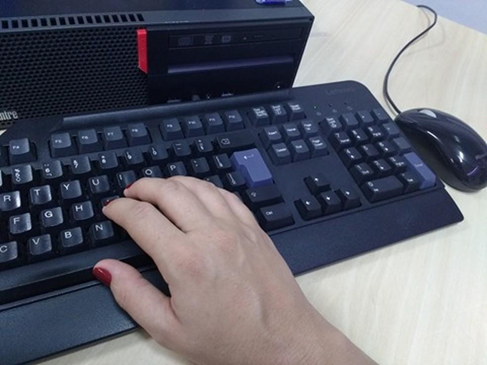 -  Itaúna terá curso gratuito de informática  Foto: Vanessa Pires/G1