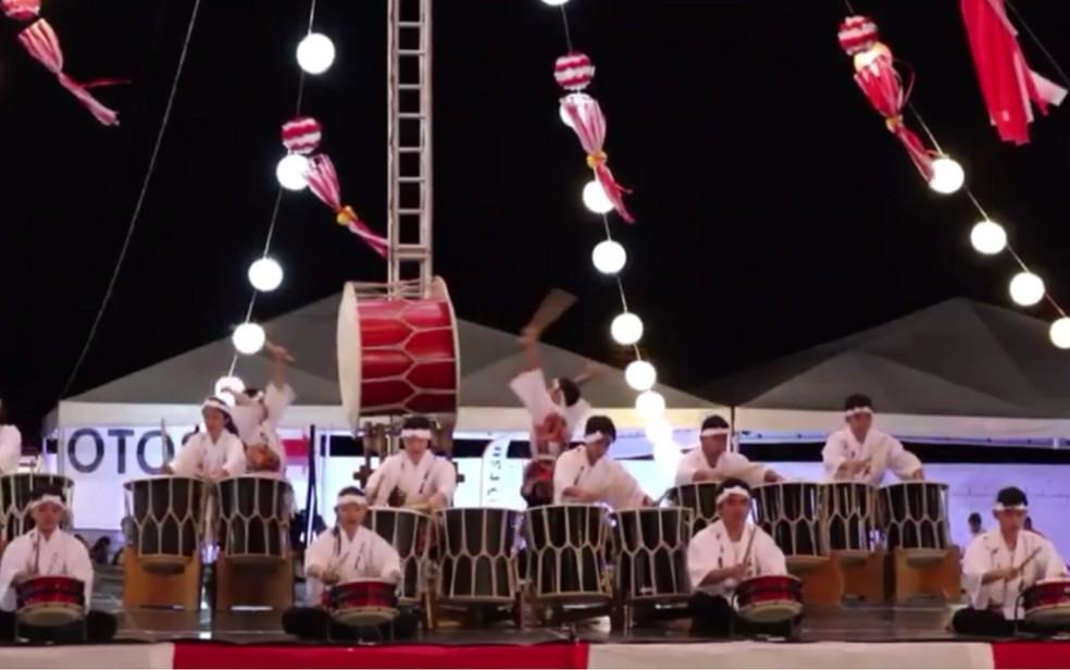 Taikô - tambores tradicionais japoneses — Foto: Vitor Santana/G1