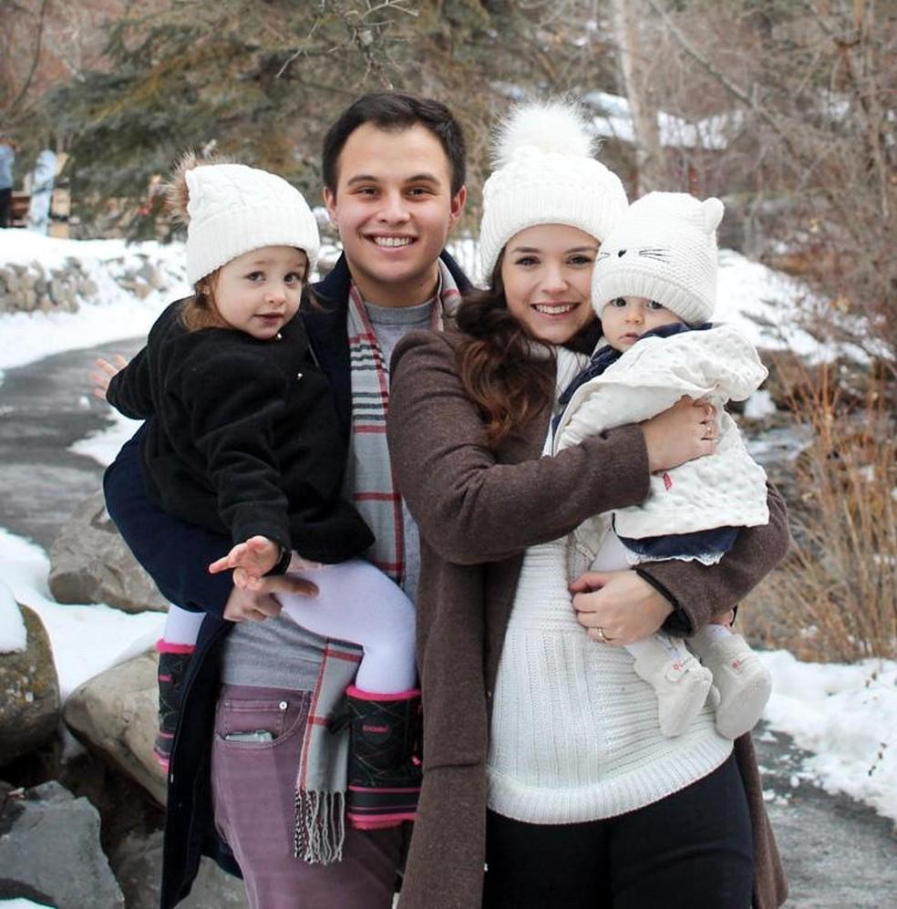 Ariela, de Sorocaba, mora nos Estados Unidos com o marido e as duas filhas — Foto: Arquivo Pessoal