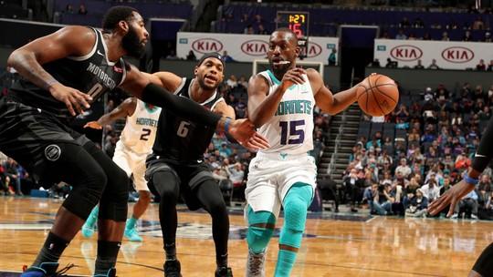 Melhores momentos: Detroit Pistons 107 x 108 Charlotte Hornets pela NBA
