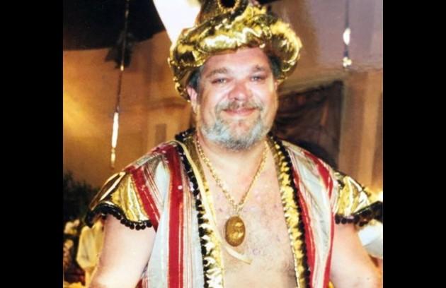 Zé Vitor Castiel, o Viriato, também foi clicado usando uma fantasia de carnaval (Foto: Reprodução/Instagram)