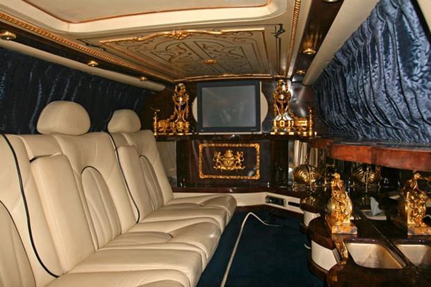 O interior do Rolls-Royce Silver Seraph 1999 de MJ (Foto: Reprodução)