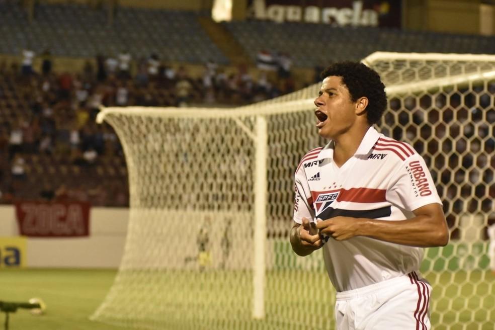 Gabriel Sara é um dos destaques do sub-20 do São Paulo — Foto: Tetê Viviani/Colaboração