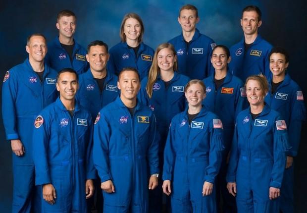 BBC: Turma mais recente de astronautas graduados inclui seis mulheres — cinco da Nasa e uma da Agência Espacial Canadense (Foto: NASA VIA BBC)