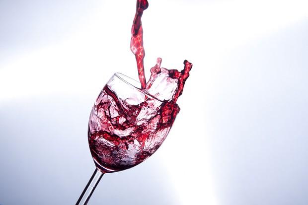 Escolha o seu vinho para abrir na noite de Natal (Foto: minka2057)