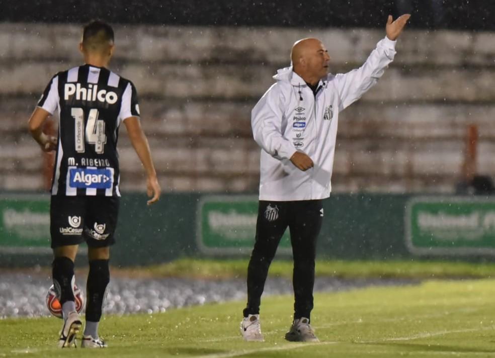 Jorge Sampaoli na derrota do Santos para o Botafogo-SP — Foto: Ivan Storti/Santos FC
