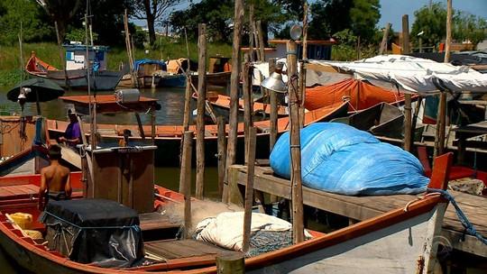 Pelo menos 4 mil famílias de pescadores aguardam pagamento do seguro-defeso no RS