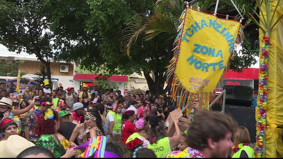 Tchanzinho Zona Norte arrasta multidão nos bairros Dona Clara e Jaraguá — Foto: Reprodução/ TV Globo