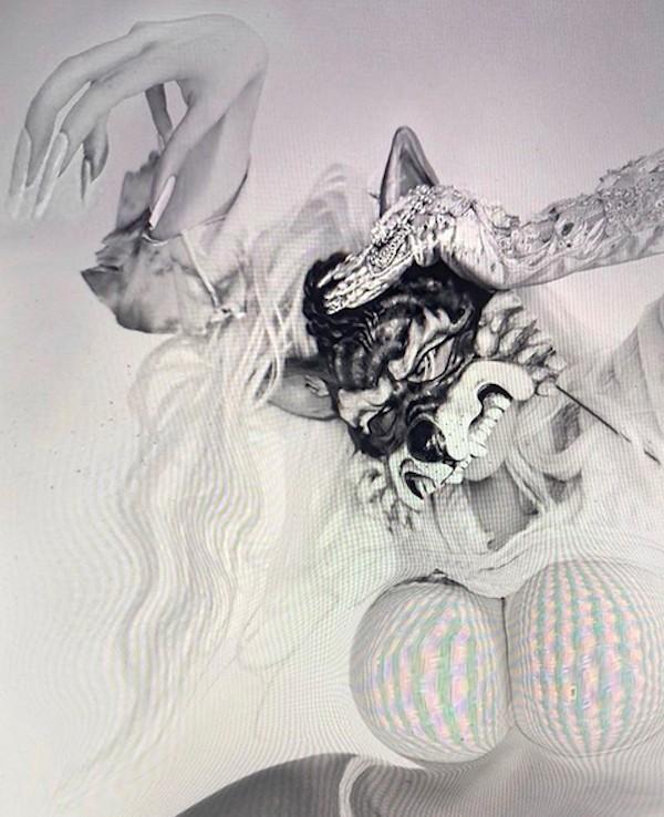 Uma das imagens distorcidas e bizarras compartilhadas pela cantora Lady Gaga (Foto: Instagram)