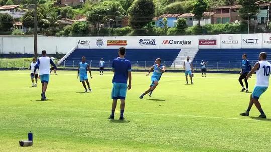 Bolas paradas e rachão: CSA encerra trabalho para enfrentar o Cruzeiro; veja provável escalação