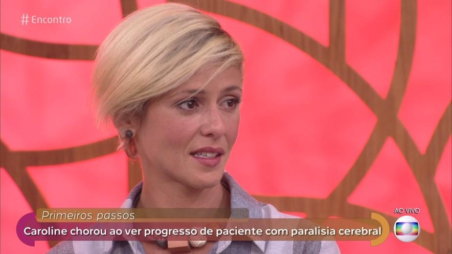 Fernanda de Freitas chora ao ver paciente com paralisia cerebral andar