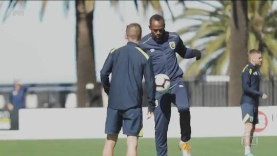 Usain Bolt treina pela primeira vez no Central Coast Mariners