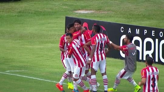Loco Abreu anuncia ida para segundona do Chile e iguala recorde de times diferentes