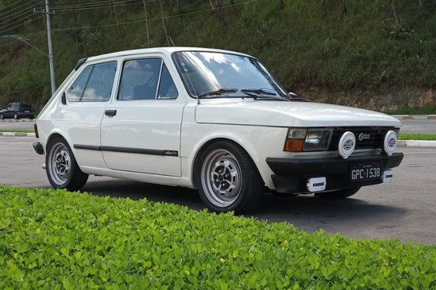 Fiat 147 Rallye 1980 já vinha com a frente Europa (Foto: Reprodução)