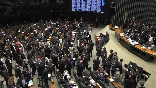 Governistas articularam para obter apoio a Temer até a última hora