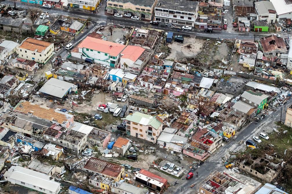 Casas destruídas após passagem do furacão Irma pela Ilha de Saint Martin, no Caribe (Foto: Netherlands Ministry of Defence/Handout via REUTERS )