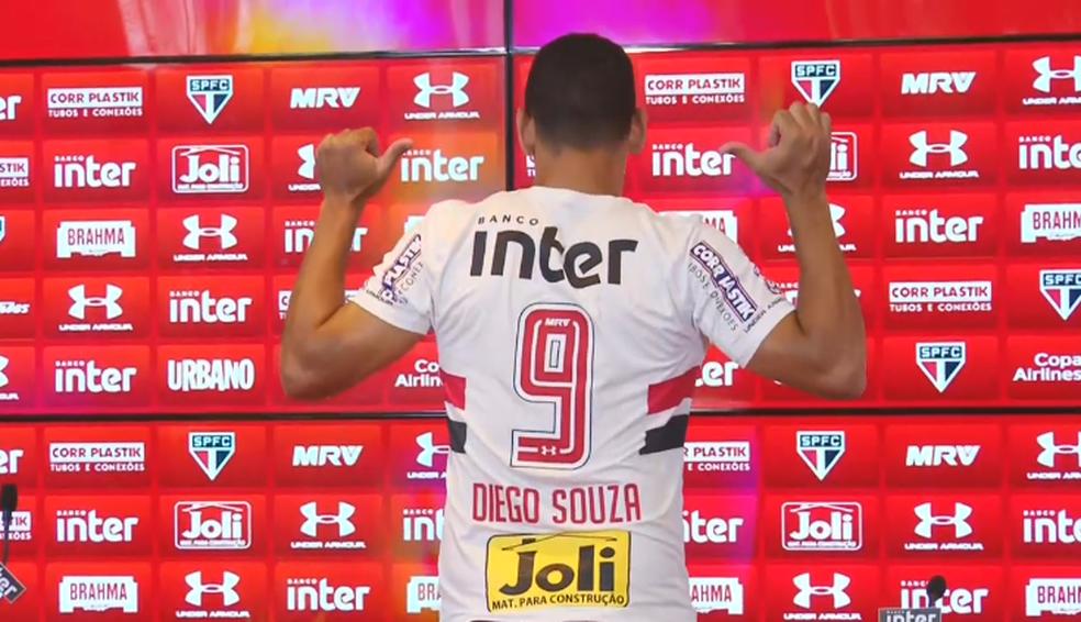Diego Souza, novo camisa 9 do São Paulo (Foto: reprodução)