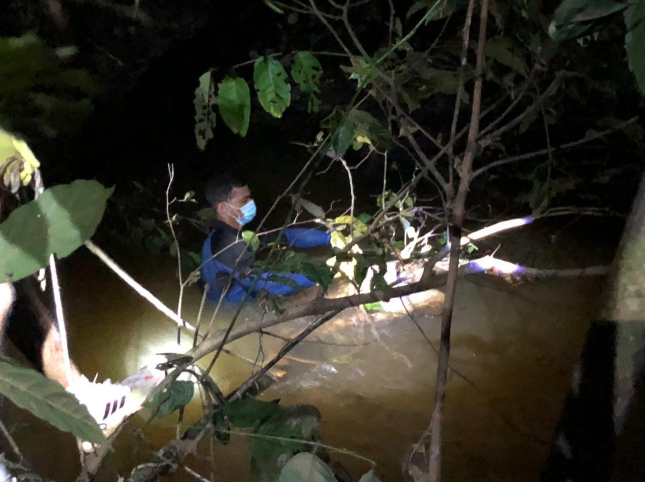 Corpo é achado em igarapé na Cidade do Povo em avançado estado de decomposição em Rio Branco
