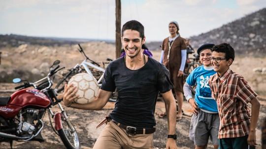 'Onde Nascem os Fortes': elenco comenta experiência de gravar no Cariri paraibano