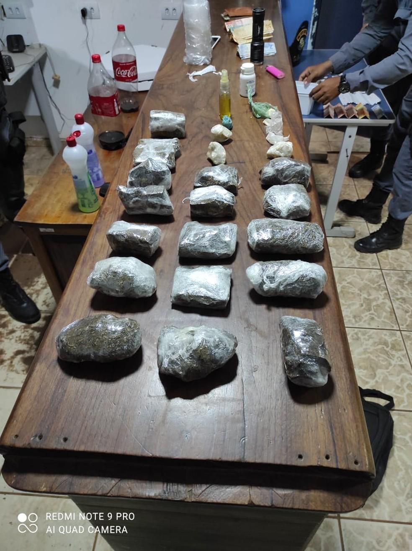 Droga apreendida na ação policial contra os traficantes em Confresa — Foto: Polícia Militar de Mato Grosso