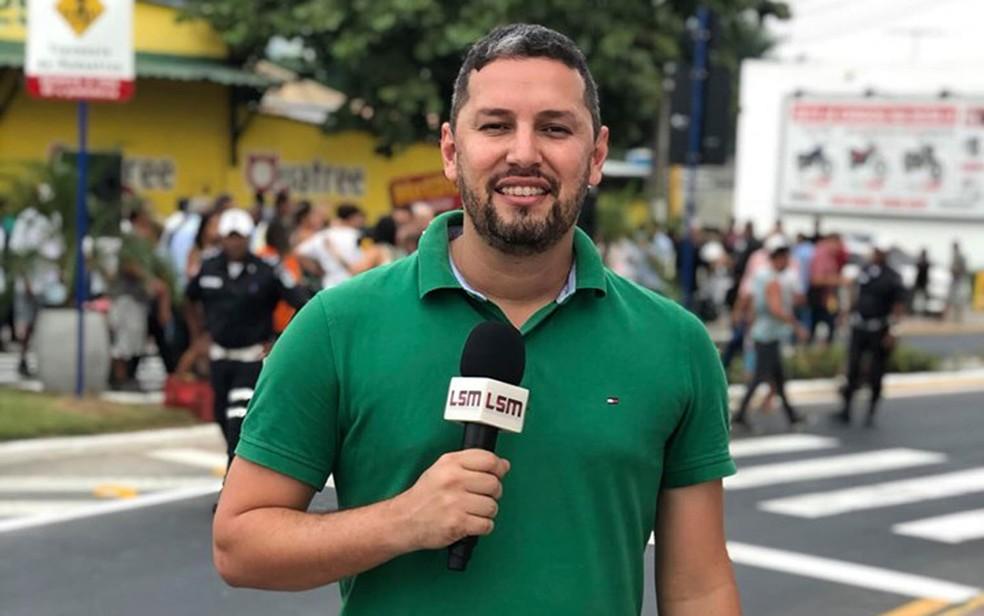Romário da Silva Barros, jornalista morto a tiros em Maricá, no Rio de Janeiro, no dia 18 de junho — Foto: Reprodução / Facebook / RomarioBarrosOficial