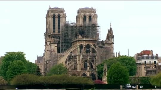 Reconstrução da Catedral de Notre-Dame terá ajuda milionária