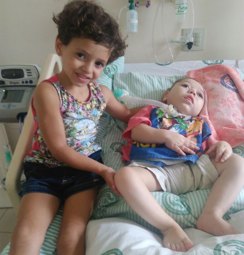 Yasmin foi visitar o irmão na ocasião especial  (Foto: Arquivo pessoal)