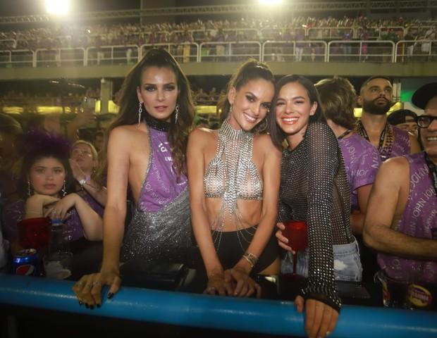 Fernanda Mota, Isabel Goulart e Bruna Marquezine (Foto: Fred Pontes / Divulgação)