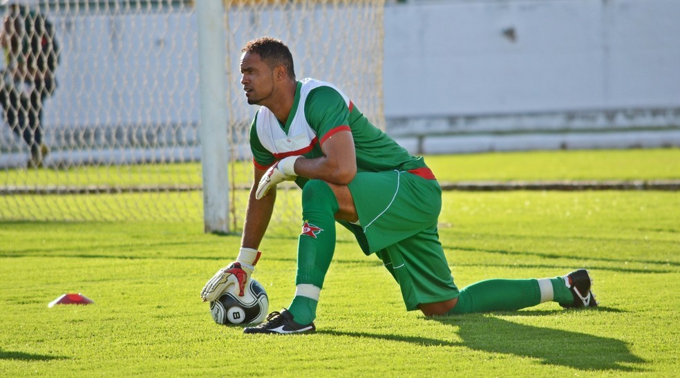 Bruno chegou ao Acre nessa quinta-feira (30) e já iniciou treino no time Rio Branco — Foto: Régis Melo