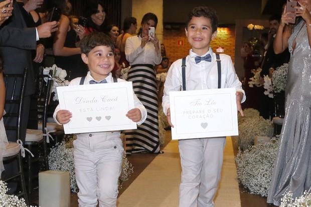 João Francisco e José Marcus, filhos de Wanessa, foram os pajens da união (Foto: Manuela Scarpa/Brazil News)