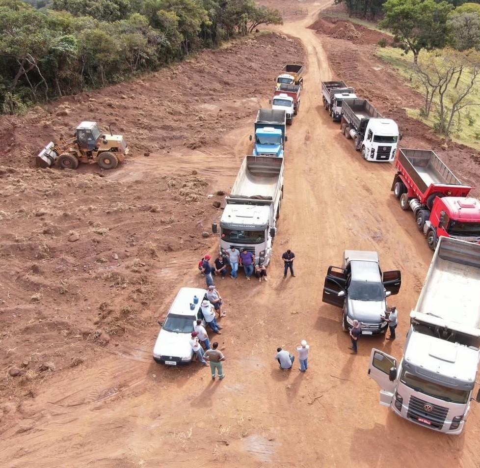 Polícia Civil realiza Operação 'Cavalo de aço' contra extração ilegal de minério em Divinópolis e outras cidades mineiras