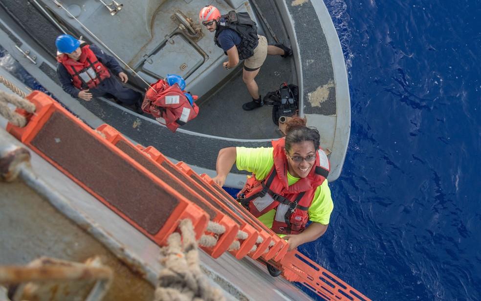 Resgatadas duas mulheres do mar após 5 meses perdidas no Pacífico