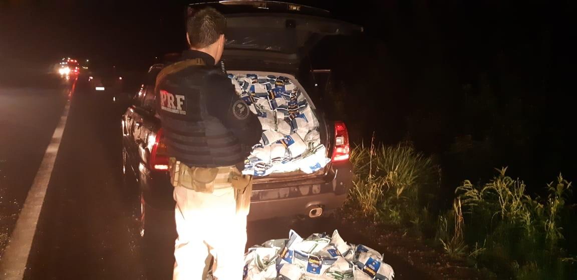 Motorista com uma tonelada de agrotóxicos ilegais foge, e homem que fazia escolta é preso em Santa Maria - Notícias - Plantão Diário