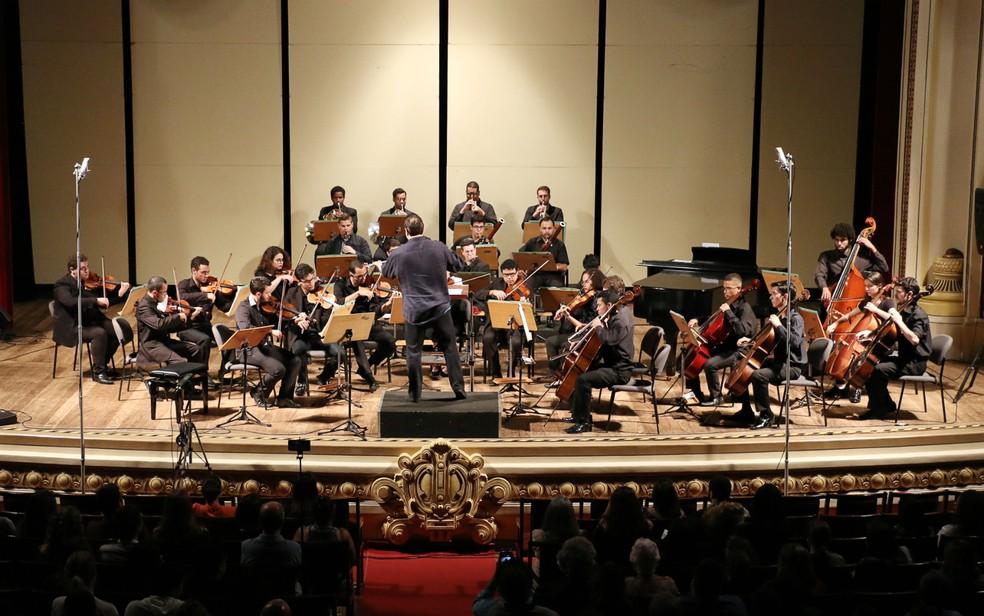 USP Filarmônica promove concerto de Natal no Theatro Pedro II — Foto: André Estevão/Divulgação