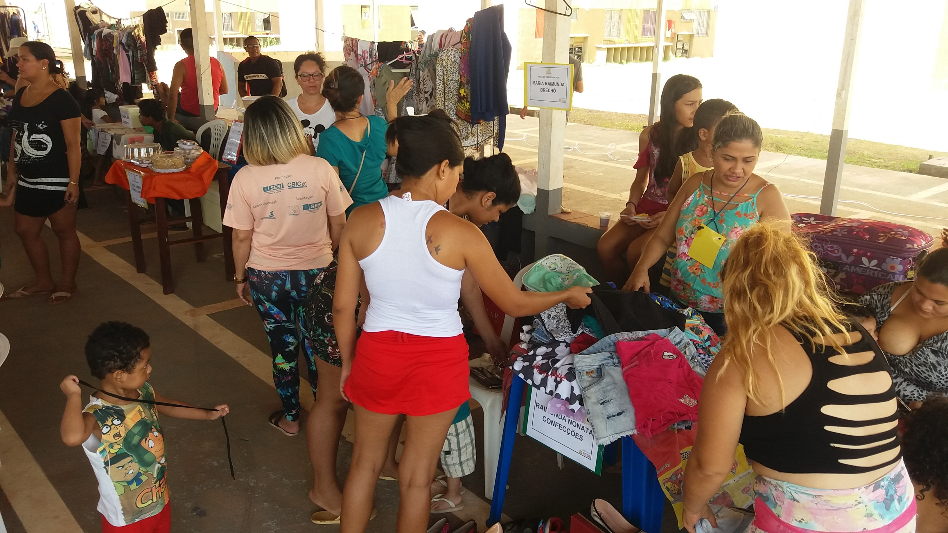 'Oportunidade de ganhar dinheiro extra', diz desempregada em feira do empreendedor em Macapá