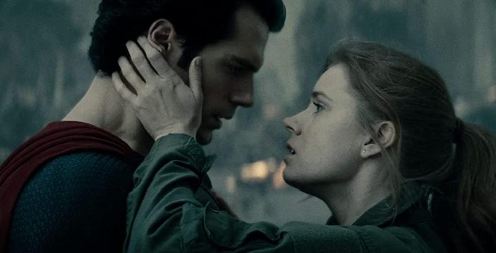 Amy Adams e Henry Cavill estão no filme 'O Homem de Aço'  — Foto: Reprodução