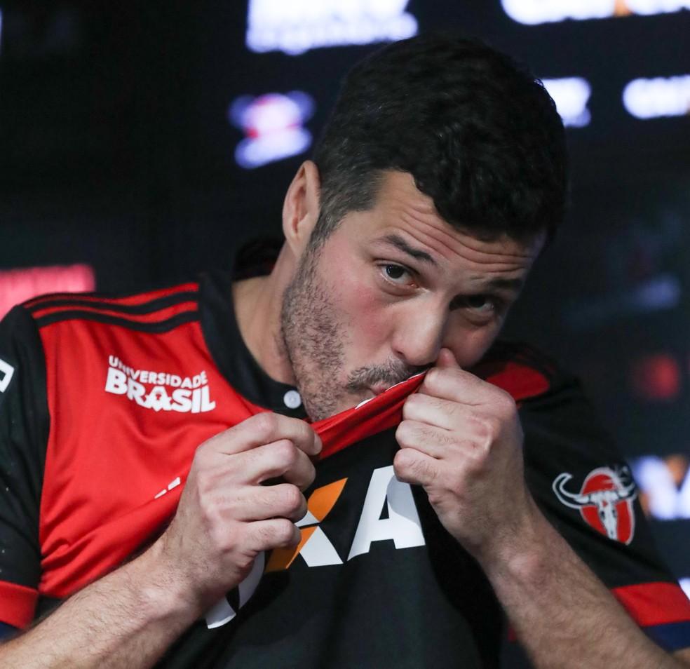 Julio Cesar Flamengo Apresentação (Foto: Gilvan de Souza/Flamengo)