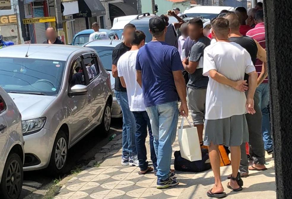 Alguns detentos usavam tornozeleira eletrônica — Foto: G1 Sorocaba