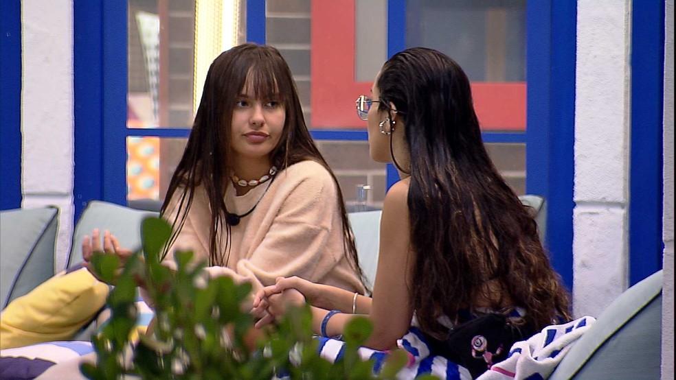 No BBB21, Juliette conversa com Thaís sobre sua relação com Fiuk: 'Não quero ficar de talarica'  — Foto: Globo